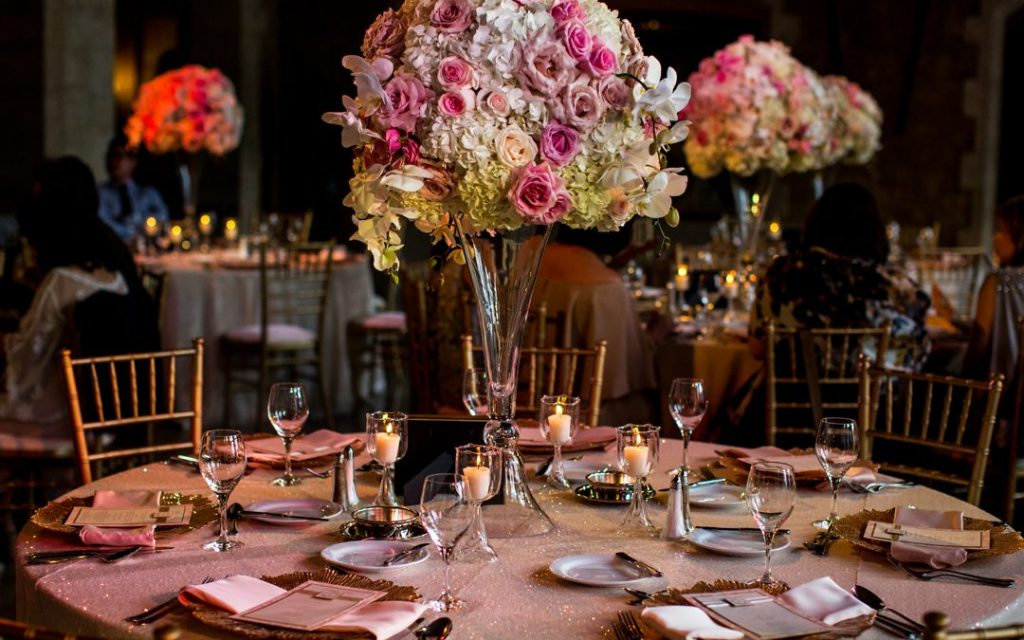 Prioritize The Decoration Of Your Summer Wedding