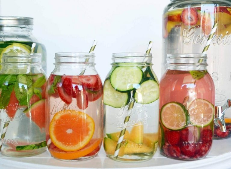 8 Detox Waters For Weight Loss For You To Drink