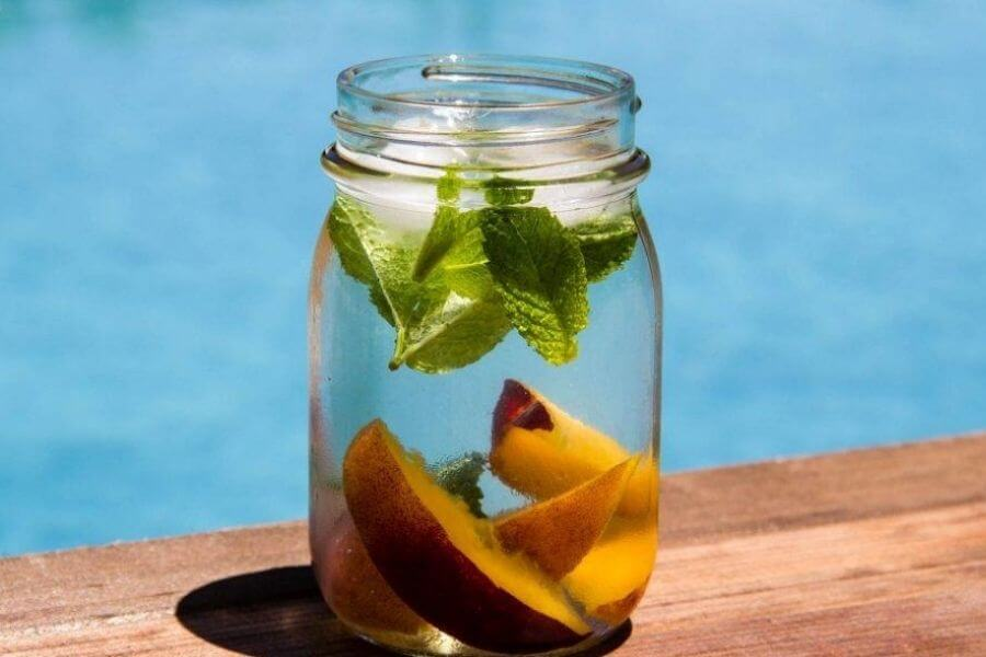 Peach And Mint Detox Water
