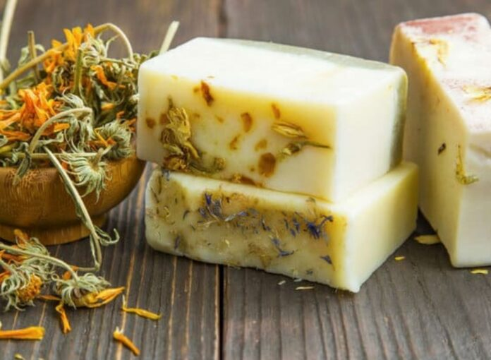 how to make soaps at home